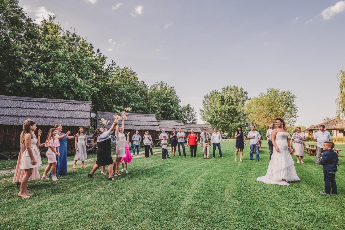 Esküvő fotózás, család és portré fotós   Melinda és Füles esküvője
